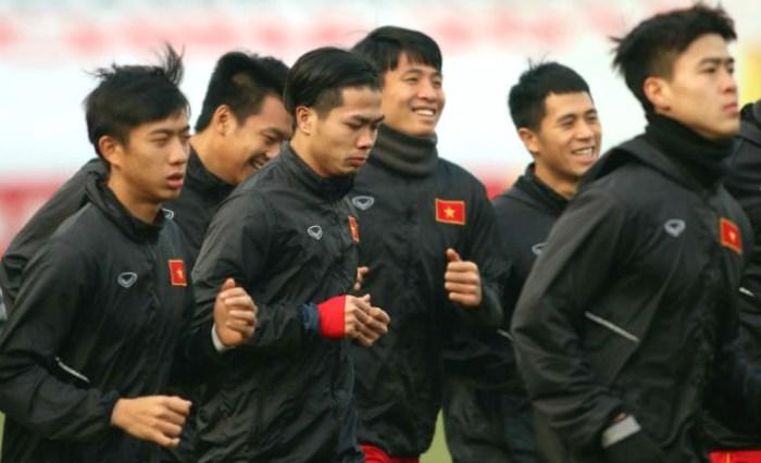 U23 Việt Nam làm quen sân Thường Châu, sẵn sàng nghênh chiến U23 Qatar