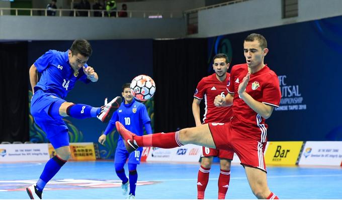 Kết quả bóng đá Futsal châu Á 2018: Thái Lan thắng thuyết phục, Trung Quốc bất ngờ thua sốc