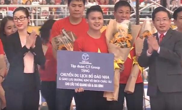 Quang Hải được tặng thưởng chuyến du lịch sang Bồ Đào Nha