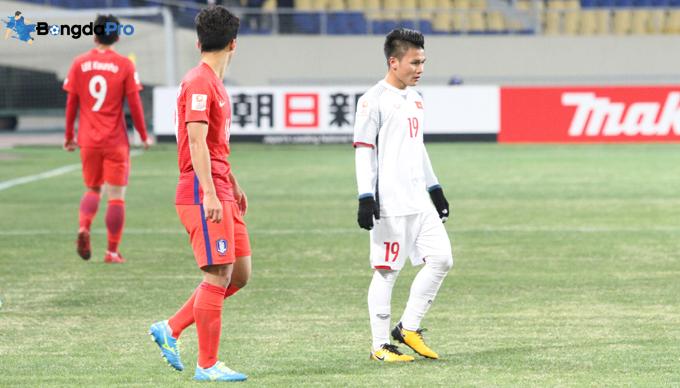 HLV Park Hang Seo nói gì về khả năng Quang Hải sang Hàn Quốc thi đấu?