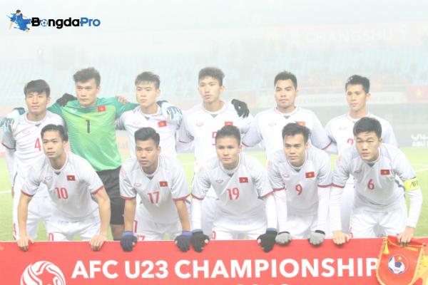 Bùi Tiến Dũng bắt chính cho FLC Thanh Hóa ở AFC Cup 2018