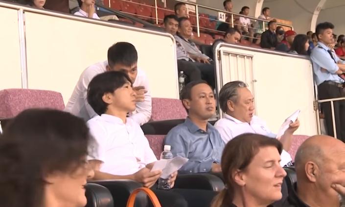 HLV Miura nói gì về việc Chủ tịch Công Vinh thanh lý cựu sao MU?