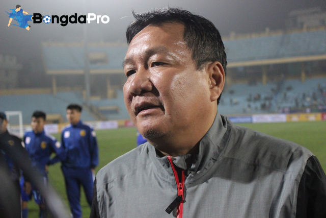 HLV Hoàng Văn Phúc coi chức vô địch Siêu cúp QG là vận may cho mùa giải mới