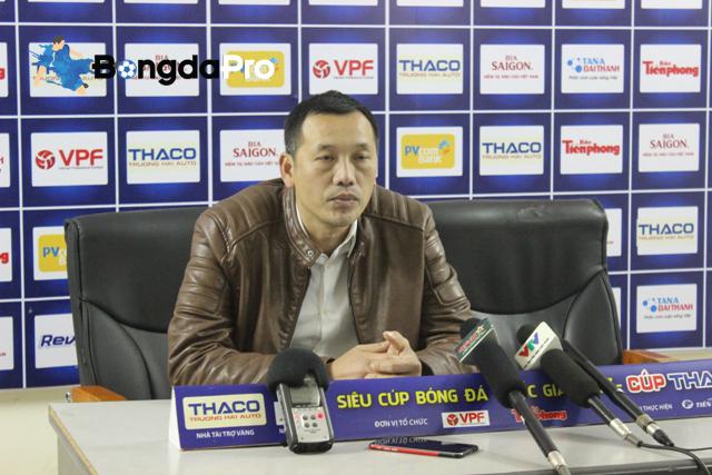 HLV SLNA nói gì về màn trình diễn của sao U23 Việt Nam ở trận tranh Siêu cúp QG?