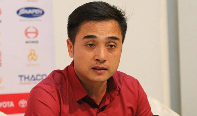 HLV Đức Thắng được một CLB của Trung Quốc 'chọn mặt gửi Vàng'