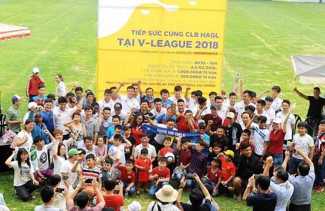 Xuân Trường, Tuấn Anh khấy động sân Pleiku trước thềm V.League 2018