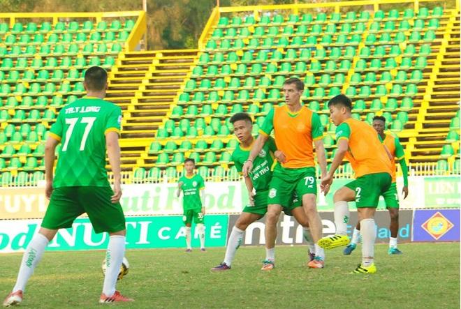 Video bàn thắng XSKT Cần Thơ vs B.Bình Dương (vòng 3 V-League 2018)