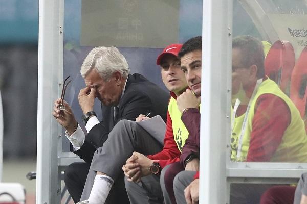 Hớ hênh trước CH Séc, Trung Quốc thất bại toàn tập ở China Cup 2018