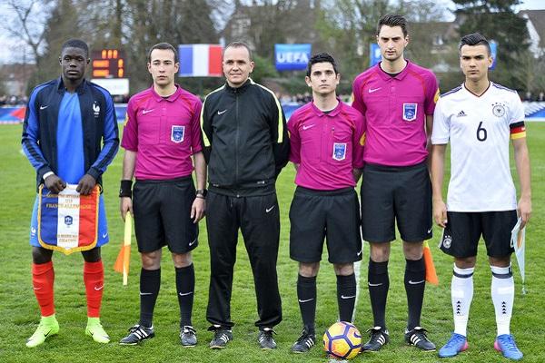 Trực tiếp U18 Đức vs U18 Pháp, 19h00 ngày 26/3 (Giao hữu)