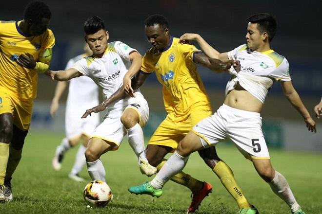 Kết quả vòng 4 V-League 2018 chiều 1/4: HAGL thắng kịch tính Nam Định