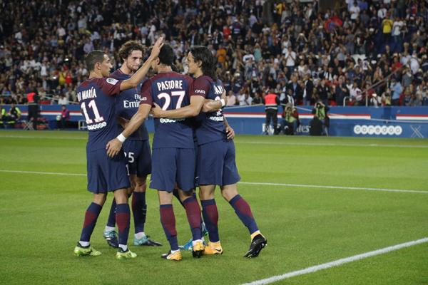 Lịch thi đấu bóng đá hôm nay 06/04: Saint Etienne vs PSG