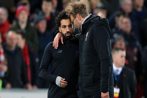 Mohamed Salah chấn thương ra sao trong trận Liverpool 3-0 Man City?