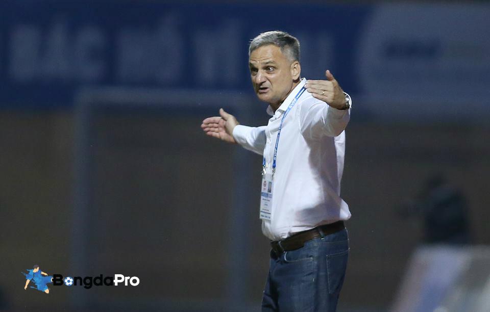 NÓNG: FLC Thanh Hóa sa thải HLV Mihail sau thảm bại trên sân Khánh Hòa