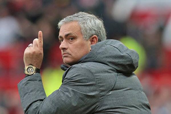 Man City vs MU, vòng 33 Ngoại hạng Anh: Mourinho nói gì trước derby Manchester?