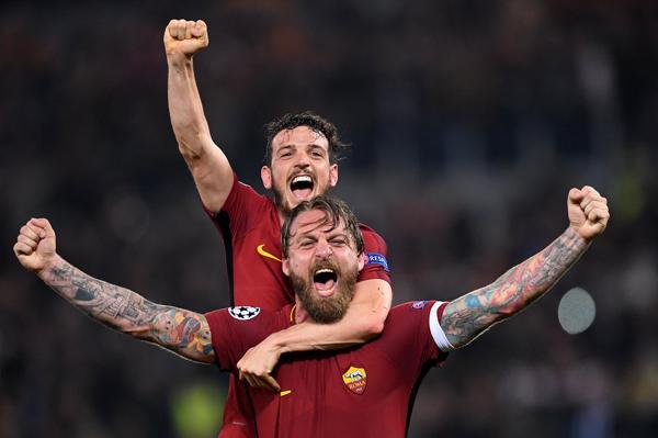 Kết quả bóng đá Cúp C1 châu Âu hôm nay 11/4: AS Roma 3-0 Barcelona