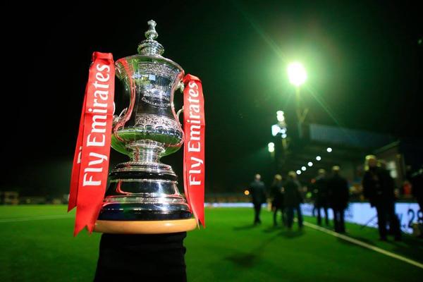 Lịch thi đấu bán kết Cúp FA: MU vs Tottenham, Chelsea vs Southampton