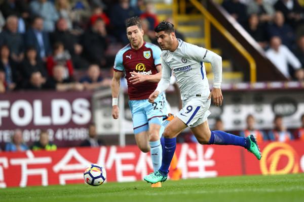 Kết quả Burnley 1-2 Chelsea: Còn nước, còn tát