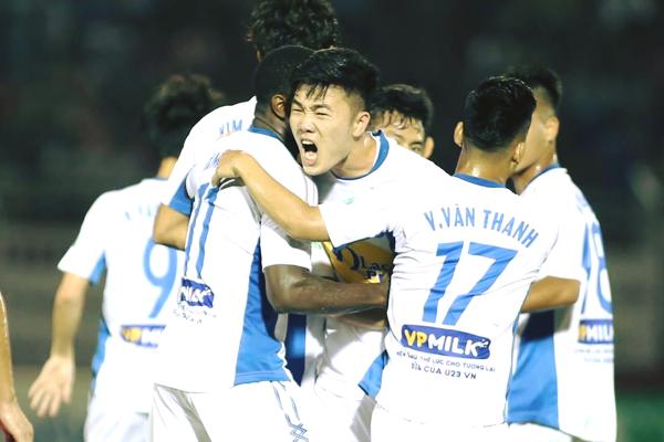 Lịch thi đấu bóng đá V.League 2018 hôm nay (21/04): HAGL vs SHB Đà Nẵng
