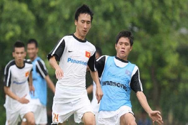 Diễn 'kung-fu' trên sân, Hải Huy bị cấm thi đấu 3 trận
