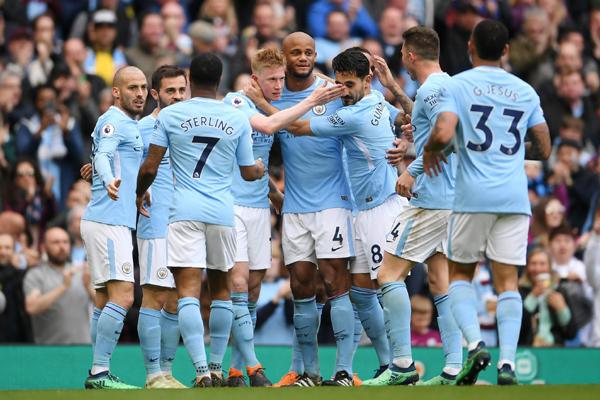 Kết quả Man City 5-0 Swansea: Tưng bừng đón chức vô địch Ngoại hạng Anh