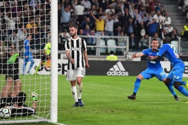 Kết quả bóng đá hôm nay (23/04): Juventus 0-1 Napoli
