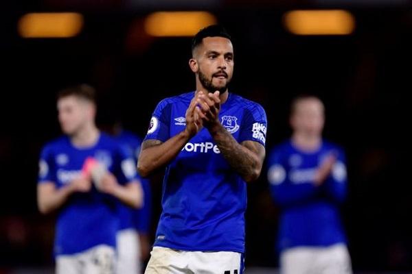 Kết quả Everton 1-0 Newcastle: Walcott lập công, Everton giành 3 điểm