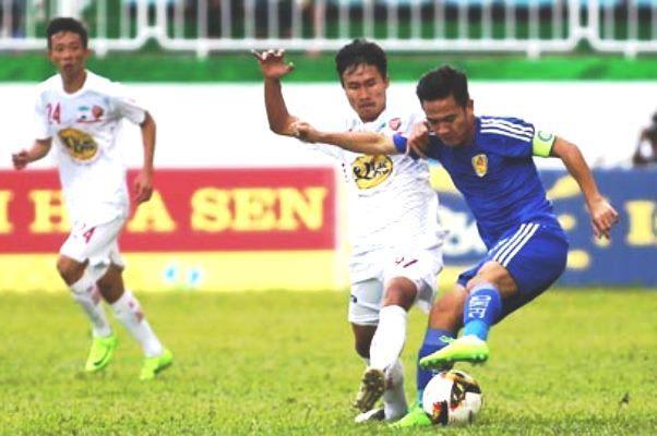 Kết quả Quảng Nam vs HAGL (FT 2-3): Công Phượng toả sáng với cú đúp bàn thắng