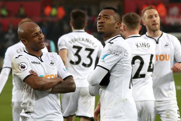 Lịch thi đấu bóng đá Ngoại hạng Anh hôm nay (8/5): Swansea vs Southampton