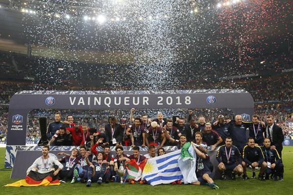 Kết quả Les Herbiers 0-2 PSG: Cavani tỏa sáng, PSG vô địch Cúp Quốc gia Pháp mùa 2017/18