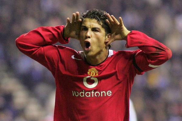 Ronaldo xuất sắc nhất MU tại Ngoại hạng Anh