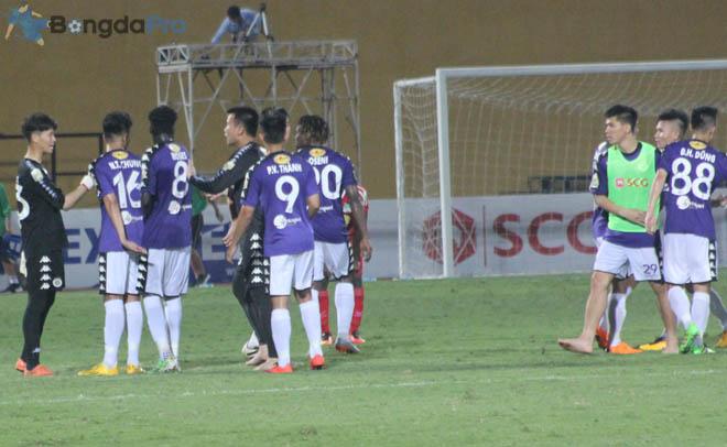 Bảng xếp hạng V-League 2018 mới nhất ngày 26/5: Hà Nội FC tiếp tục vô đối