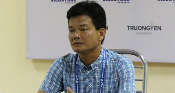 Bất lực trước Hà Nội FC, HLV Nguyễn Văn Sỹ quyết làm mới hàng công Nam Định