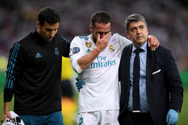Sau Salah, tới lượt Carvajal kịp dự World Cup 2018
