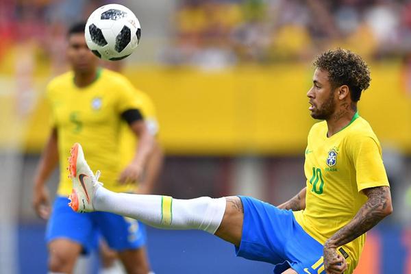 Kết quả Áo 0-3 Brazil: Neymar và Coutinho tỏa sáng, Brazil chạy đà hoàn hảo cho World Cup 2018