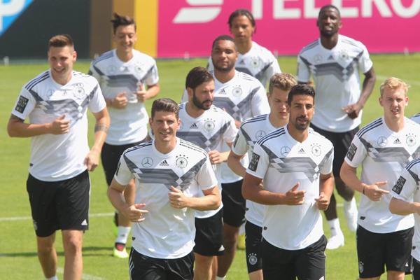 Nhận định kết quả bảng F World Cup 2018 lượt 1