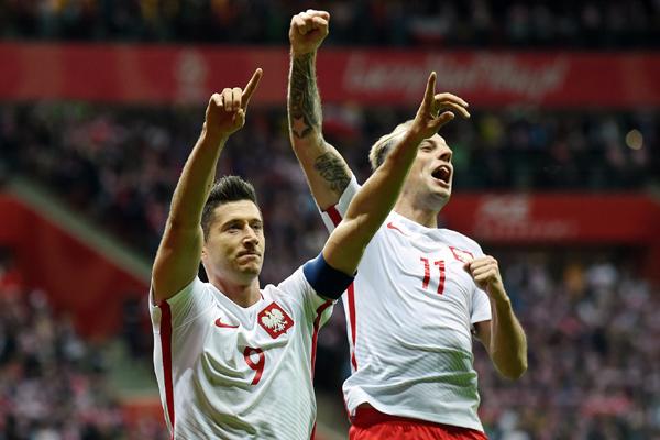 Nhận định kết quả bảng H World Cup 2018 lượt 1 (ngày 19/6)