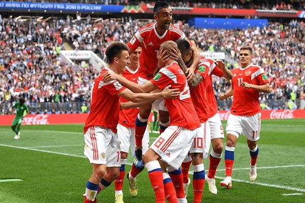 Kết quả Nga 5-0 Saudi Arabia: Chủ nhà World Cup 2018 ra mắt hoàn hảo