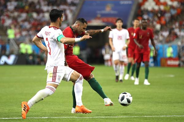 Kết quả bảng B World Cup 2018 lượt 3: Bồ Đào Nha 1-1 Iran, Tây Ban Nha 2-2 Maroc