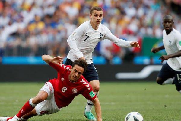Kết quả bảng C World Cup 2018 lượt 3: Đan Mạch 0-0 Pháp, Úc 0-2 Peru