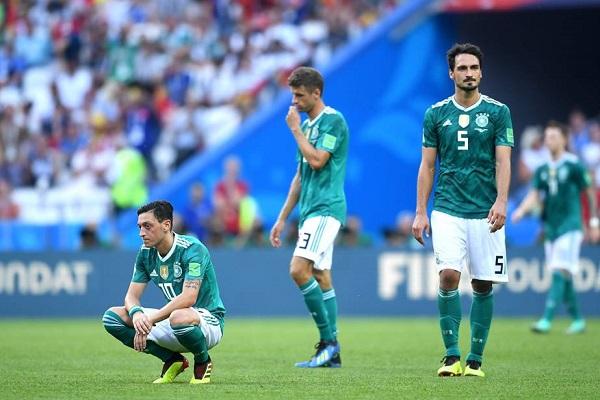 Tin nóng World Cup 2018 hôm nay (28/6): Ozil choảng nhau với CĐV Đức
