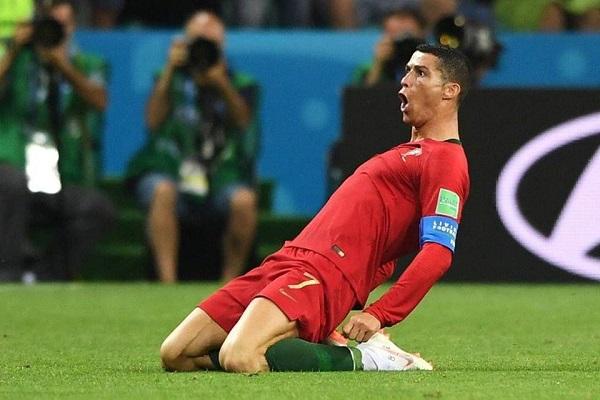 Lịch phát sóng vòng 1/8 World Cup 2018: Thư hùng Uruguay vs Bồ Đào Nha