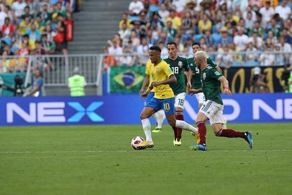 Kết quả Brazil 2-0 Mexico: Neymar rực sáng!