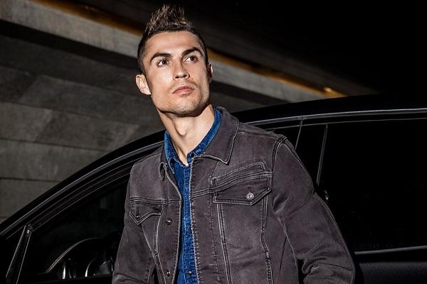 Real Madrid chấp nhận quyết định ra đi của Ronaldo