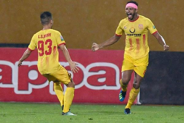 Kết quả V.League 2018 hôm nay (15/7): Hà Nội FC 3-3 Nam Định