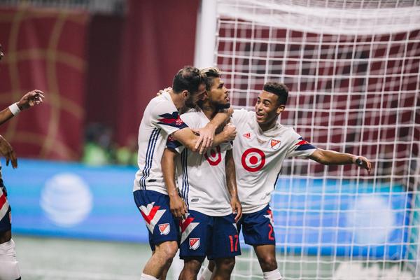 Kết quả Real Salt Lake 2-1 Chicago Fire, vòng 23 MLS 2018