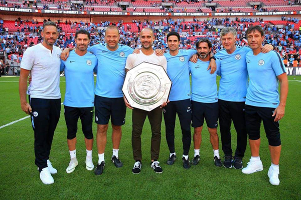 Giúp Man City đoạt Siêu Cúp Anh 2018, Guardiola trở thành 'Vua danh hiệu'