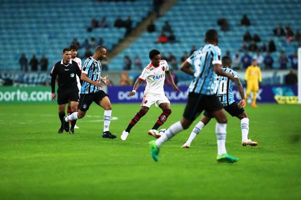 Kết quả Flamengo vs Cruzeiro (FT 0-2): Thánh địa Maracana không cứu được Flamengo