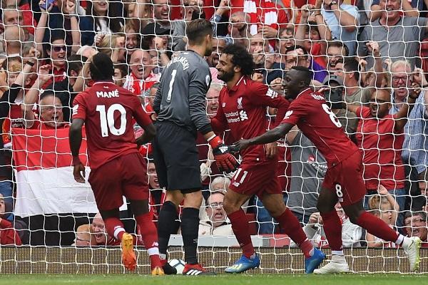 Kết quả Liverpool 4-0 West Ham: The Kop chiếm ngôi đầu bảng