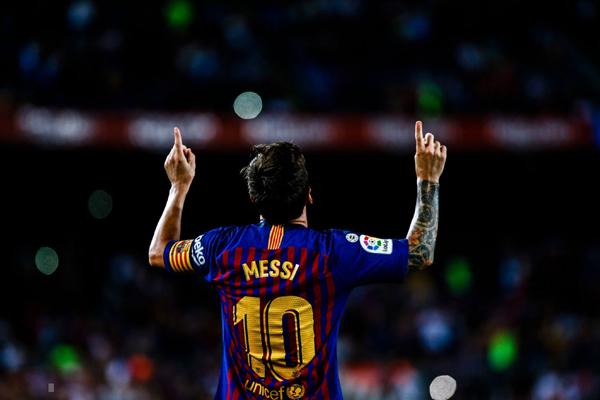Kết quả Barcelona 3-0 Alaves: Messi giúp Barca khởi đầu thuận lợi tại La Liga