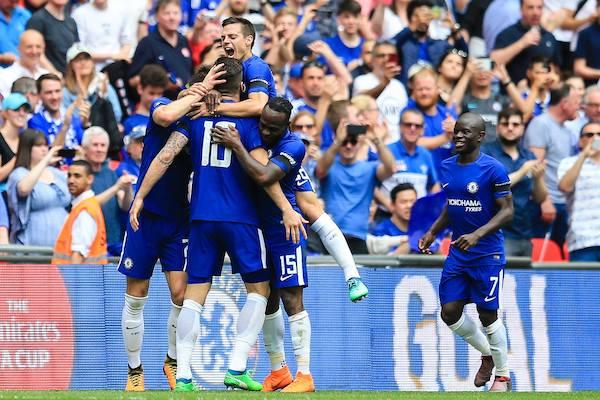 Chelsea vs MU (2h30, 19/2): Những thông tin không thể bỏ lỡ